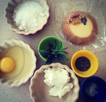 omelete de queijos - mise en place